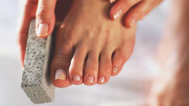5 dấu hiệu ở bàn chân cho thấy cơ thể đang đang mắc trọng bệnh - phunuduongthoi.vn - 03