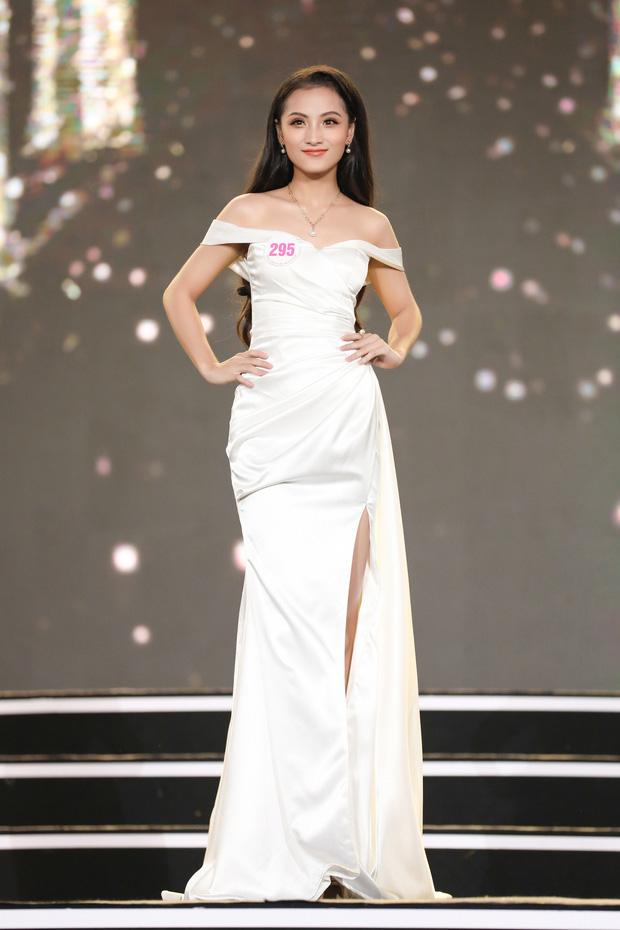 Công bố kết quả vòng Bán kết Hoa hậu Việt Nam 2020: Đã tìm ra 35 thí sinh đẹp nhất, ai sẽ là chủ nhân của vương miện cao quý? - Ảnh 3.