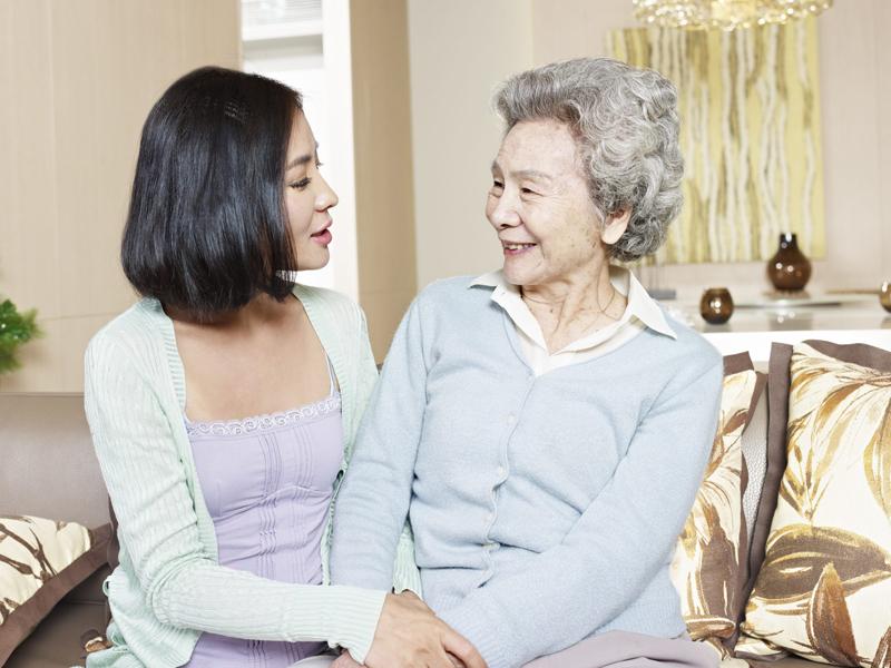Phụ nữ trung niên thông minh, sâu sắc sẽ hiểu ra: Không coi mẹ chồng như mẹ đẻ, không thân thiết với bất cứ ai kể cả chồng mình - Ảnh 1.