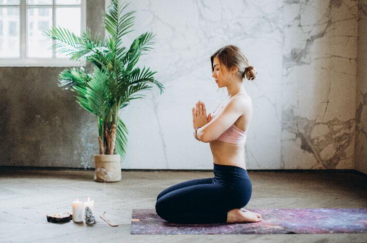 Thực hư việc tập yoga 3 lần một tuần giúp giảm các cơn đau nửa đầu? - phunuduongthoi.vn 3