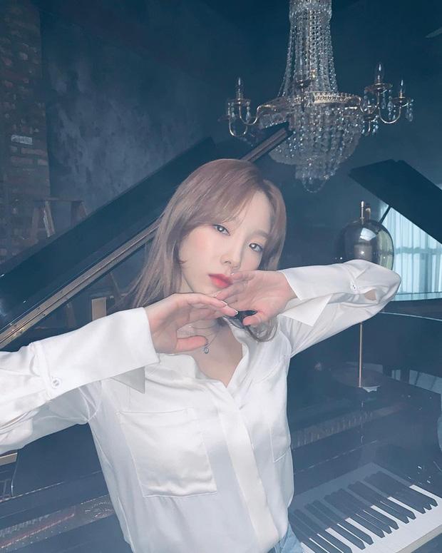 Muốn trông trẻ măng sành điệu, các nàng hãy học style của chị đại Taeyeon ngay đi! - Ảnh 3.