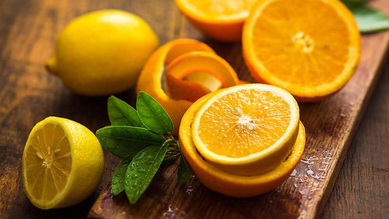 Muốn đánh bay da khô mùa đông, bổ sung ngay 10 thực phẩm vàng này vào chế độ ăn uống hàng ngày - phunuduongthoi.vn - Ảnh 4.