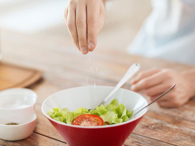 Sự thật ít người biết tới về các thành phần phụ gia trong thực phẩm - Ảnh 2.